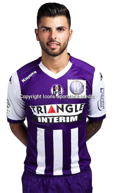 Marcel Tisserand - 03.10.2014 - Portrait Officiel - Toulouse - Ligue 1<br /> Photo : Saada / Icon Sport