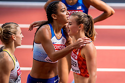 05-08-2017 IAAF World Championships Athletics day 2, London<br /> Nadine Visser NED (zevenkamp) wint de 100 meter horden. Katarina Johnson-Thompsen GBR
