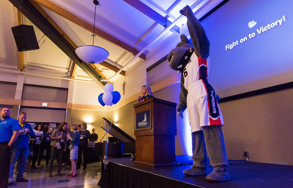 Gonzaga University alumni came together in Cataldo's Globe Room to celebrate the beginning of the 2016 alumni weekend, and see their friends for the first time in years on October 8th, 2016. (Photo by Edward Bell)