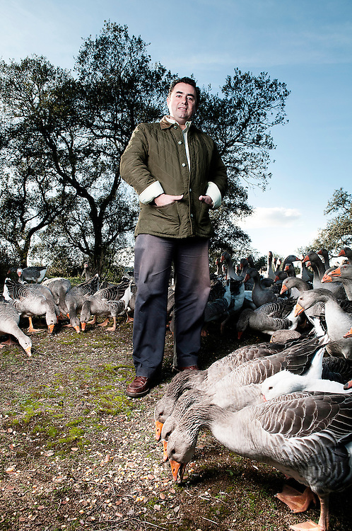 Eduardo Sousa, propietario de La Pateria de Sousa. Produce pates ecologicos con ocas salvajes que viven y se alimentan en libertad en la dehesa extreme&ntilde;a.<br /> Pallares, Badajoz.