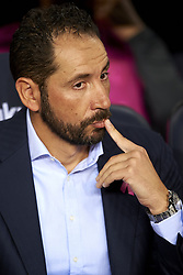 October 20, 2018 - Barcelona, Catalonia, Spain - Pablo Machin during the warm-up before the week 9 of La Liga match between FC Barcelona and Sevilla FC at Camp Nou Stadium in Barcelona, Spain on October 20, 2018. (Credit Image: © Jose Breton/NurPhoto via ZUMA Press)
