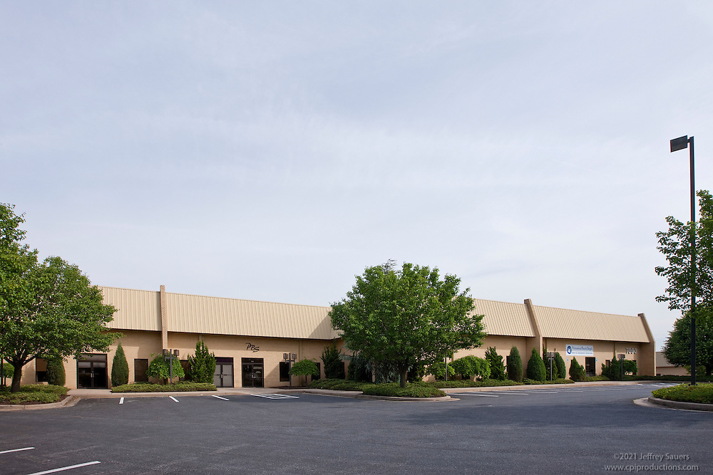 Exterior images of 7002-7090 Golden Ring Rd. in Baltimore, MD for Merritt Properties