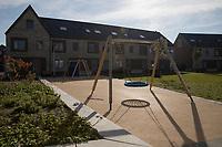 Wonen in Leeuwwenveld3 Weesp. Nieuwbouw LEVS Architecten. Een ruim opgezette woonwijk met water en veel groen.