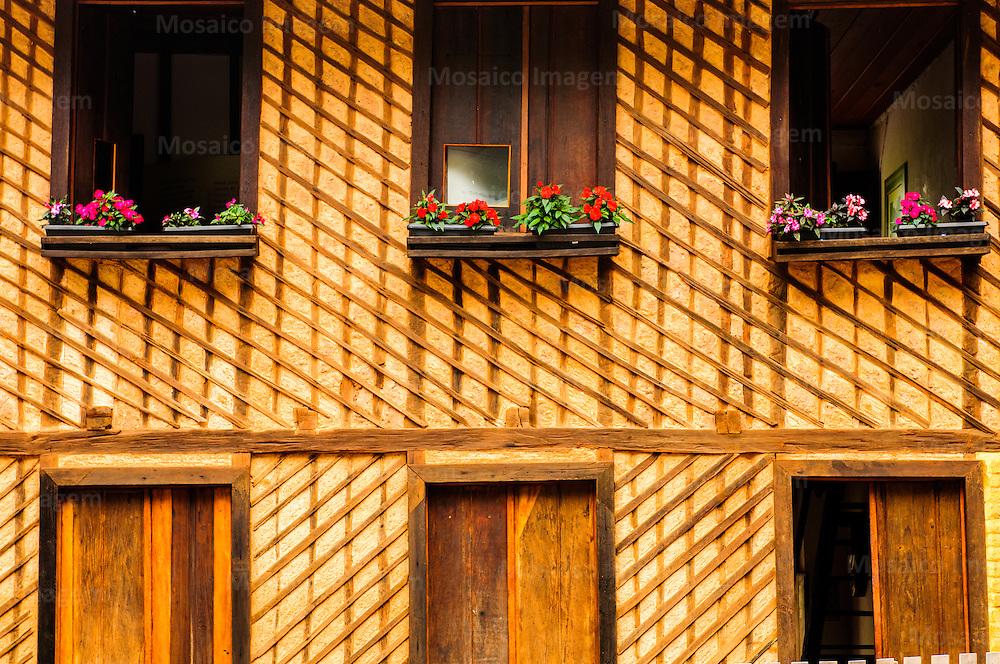 Santa Teresa - Espirito Santo - Casa de Virgilio Lambert - Uma das Primeiras Moradias, construída em 1875 na Cidade de Santa Teresa - Foto: Gabriel Lordello/Mosaico Imagem