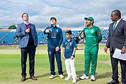 Picture by Allan McKenzie/SWpix.com - 19/05/2019 - Sport - Cricket - 5th Royal London One Day International - England v Pakistan - Emerald Headingley Cricket Ground, Leeds, England - England captain Eoin Morgan at the coin toss with Pakistan's captain Sarfaraz Ahmed.