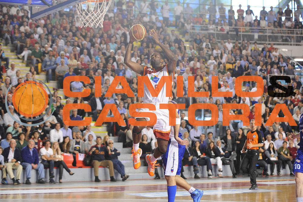 DESCRIZIONE : Roma Lega A 2012-2013 Acea Roma Lenovo Cantu playoff semifinale gara 5<br /> GIOCATORE : Bobby Jones<br /> CATEGORIA : tiro<br /> SQUADRA : Acea Roma Lenovo Cantu<br /> EVENTO : Campionato Lega A 2012-2013 playoff semifinale gara 5<br /> GARA : Acea Roma Lenovo Cantu<br /> DATA : 02/06/2013<br /> SPORT : Pallacanestro <br /> AUTORE : Agenzia Ciamillo-Castoria/M.Marchi<br /> Galleria : Lega Basket A 2012-2013  <br /> Fotonotizia : Roma Lega A 2012-2013 Acea Roma Lenovo Cantu playoff semifinale gara 5<br /> Predefinita :