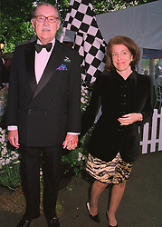 TV travel expert ALAN WHICKER and MISS VALERIE KLEEMAN, at a reception in London on 6th June 1998.MIB 83