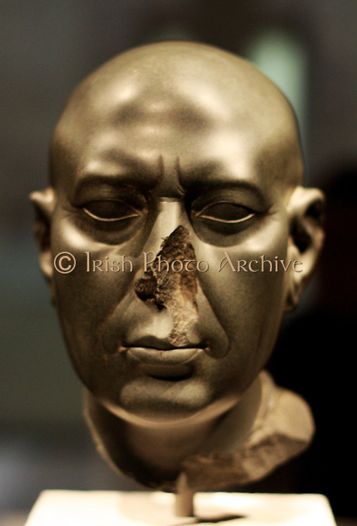 Berlin Green Head , 30 Dynasty, about 350 BC greywacke Gift of James Simon, 1895