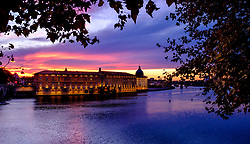 The Garonne River and Musée de l'Histoire de la Médecine (Medical History Museum) at sunset, Toulouse, France<br /> <br /> (c) Andrew Wilson | Edinburgh Elite media