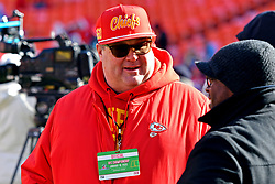 Jan 19, 2020; Kansas City, Missouri, USA; American actor Eric Stonestreet on the field before the AFC Championship Game against the Tennessee Titans at Arrowhead Stadium. Mandatory Credit: Denny Medley-USA TODAY Sports