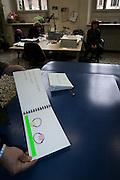 Produzione di pannelli di resina nel laboratorio dell'Istituto dei Ciechi a Milano, seguendo i criteri dell'alfabeto Braille. Con questi pannelli i ciechi possono leggere, e conoscere i monumenti attraverso il tatto..Libro di racconti per bambini dell'asilo..Come per tutte le persone, occorre insegnare a leggere  dai primi anni dell'apprendimento con figure elementari, per passare poi a quelle complicate ricche di particolari. Il racconto della foto racconta il gioco con la corda di due bambini; la riga verde serve da riferimento per comprendere quale dei due bimbi sta saltando...Production of resin panels in the laboratory of the Institute of the Blind people to Milan, following the criteria of the Braille alphabet. With these panels the blind people can read and know monuments through the tact..Story book for children of asylum..Like for all the people, it is necessary to teach to read from the first years of the learning with elementary figures, in order to pass then to those complicated and rich ones of details. The story of the photo tells the game with the rope of two children; the green line is necessary from reference in order to comprise which of the two children it is jumping.