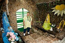 Centro Espiríta Luz e Caridade, a mais antiga casa de umbanda do Brasil, tendo como zelador de santo o Pai Aureo de Ogun bis neto da fundadora.  FOTO: Itamar Aguiar/Preview.com