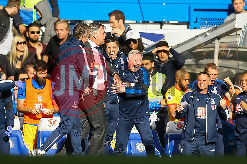 Crystal Palace celebrate winning 2-1 at Stamford Bridge - Mandatory by-line: Jason Brown/JMP - 01/04/2017 - FOOTBALL - Stamford Bridge - London, England - Chelsea v Crystal Palace - Premier League