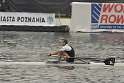 Poznan, POLAND.  2006, FISA, Rowing World Cup, Men's single final, left GBR M1X, Alan  CAMBPELL and NZL  M1X, Mahe DRYSDALE,   'Malta Regatta course;  Poznan POLAND, Sat. 17.06.2006. © Peter Spurrier   ....[Mandatory Credit Peter Spurrier/ Intersport Images] Rowing Course:Malta Rowing Course, Poznan, POLAND