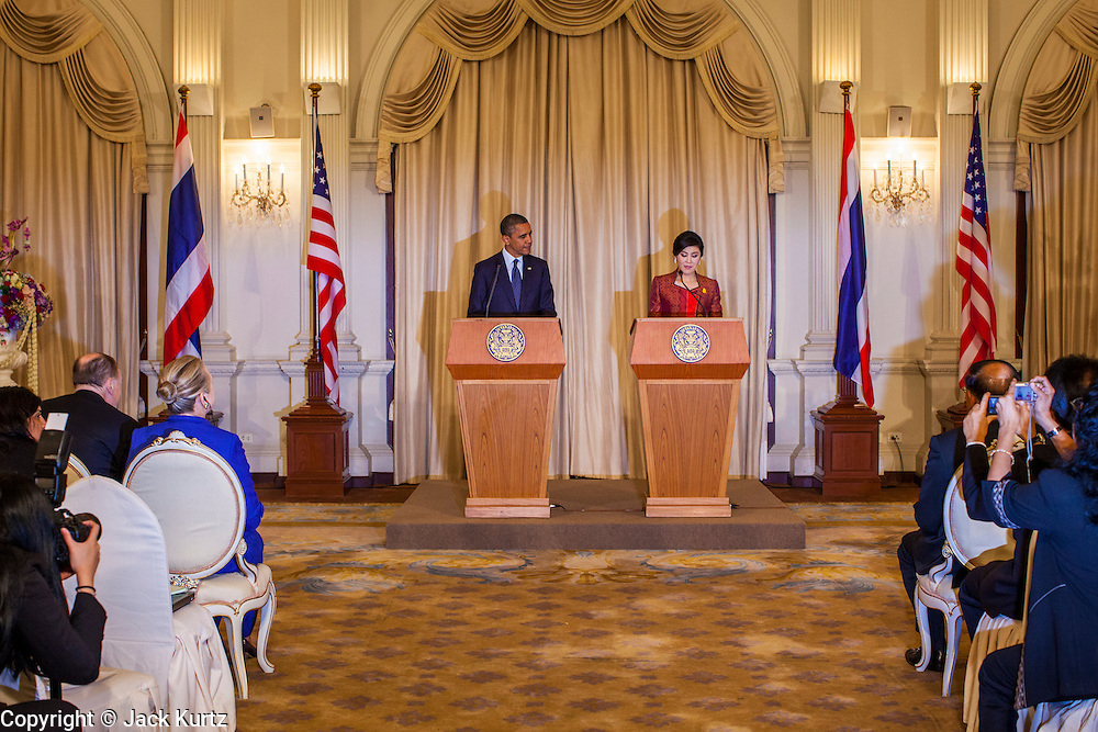 18 NOVEMBER 2012 - BANGKOK, THAILAND:   US President Barack Obama and Thai Prime Minister Yingluck Shinawatra at the joint press conference with President Obama and Prime Minister Shinawatra in Government House on November 18, 2012 in Bangkok, Thailand. Obama will become the first serving US President to visit Myanmar during his four-day tour of Southeast Asia that will also include visits to Thailand and Cambodia.PHOTO BY JACK KURTZ