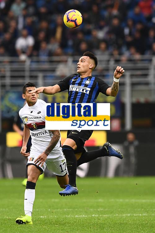 Lautaro Martinez-Cristian Romero<br /> Milano 03-11-2018 Stadio San Siro Football Calcio Serie A 2018/2019 FC Internazionale - Genoa Foto Matteo Gribaudi / Image Sport / Insidefoto