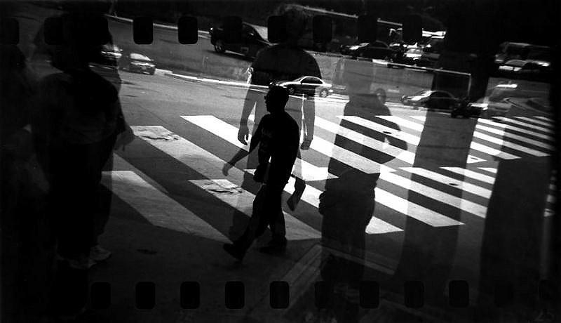 HOLGEANDO<br /> Photography by Aaron Sosa<br /> Caracas - Venezuela 2008 - Actualidad<br /> (Copyright &copy; Aaron Sosa)