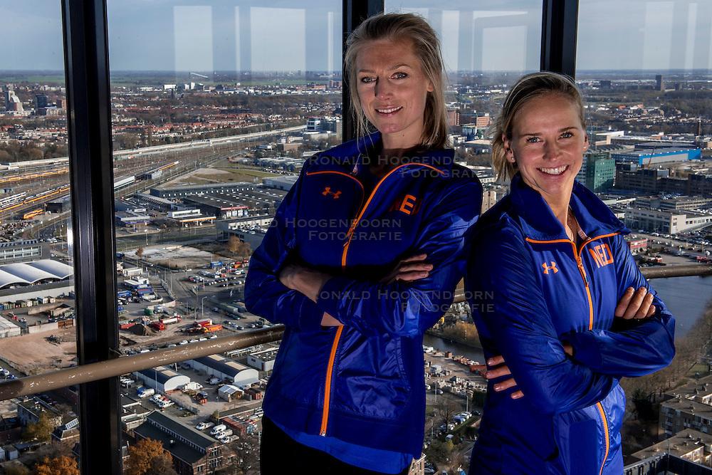 24-11-2016 NED: Persconferentie Volley2018, Den Haag<br /> In &quot;The Penthouse restaurant / skybar&quot; werd op de 40 ste  verdiepingvan de Haagse Toren (Het Strijkijzer) de komende toernooien &quot;volley2018&quot; van de Nevobo gepresenteerd. Als verrassing werd Manon Nummerdor-Flier gepresenteerd als nieuwe partner van Marleen Ramond-van Iersel