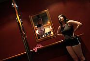 AUS: Pole Dancing Fitness Craze