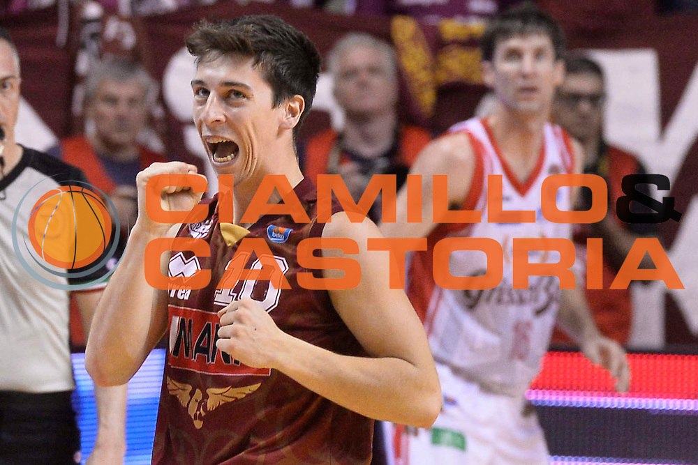 DESCRIZIONE : Venezia Lega A 2014-15 Umana Venezia-Grissin Bon Reggio Emilia  playoff Semifinale gara 5<br /> GIOCATORE :Ruzzier Michele<br /> CATEGORIA :  Low Delusione Mani <br /> SQUADRA : Umana Venezia<br /> EVENTO : LegaBasket Serie A Beko 2014/2015<br /> GARA : Umana Venezia-Grissin Bon Reggio Emilia playoff Semifinale gara 5<br /> DATA : 05/06/2015 <br /> SPORT : Pallacanestro <br /> AUTORE : Agenzia Ciamillo-Castoria /Richard Morgano<br /> Galleria : Lega Basket A 2014-2015 Fotonotizia : Reggio Emilia Lega A 2014-15 Umana Venezia-Grissin Bon Reggio Emilia playoff Semifinale gara 5<br /> Predefinita :