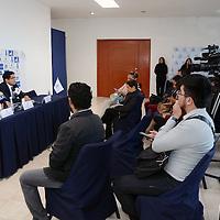 TOLUCA, Mexico (Enero 05,2017).- Gilberto Javier Sauza Martínez, presidente del Centro Patronal del Estado de México COPARMEX, en conferencia de prensa, señalo que el gobierno federal y estatal debe considerar el apoyo en los impuestos para amortiguar la economía empresarial. Agencia MVT. José Hernández.