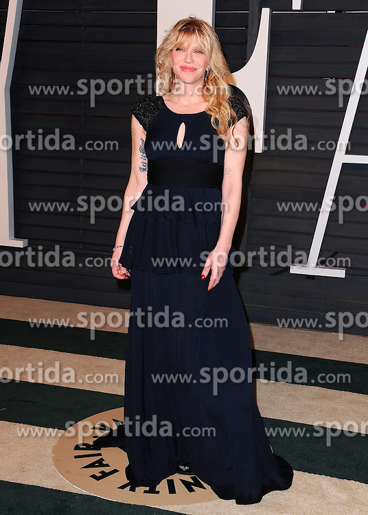 22.02.2015, Wallis Anneberg Center for the Performing Arts, Beverly Hills, USA, Vanity Fair Oscar Party 2015, Roter Teppich, im Bild Courtney Love // during the red Carpet of 2015 Vanity Fair Oscar Party at the Wallis Anneberg Center for the Performing Arts in Beverly Hills, United States on 2015/02/22. EXPA Pictures &copy; 2015, PhotoCredit: EXPA/ Newspix/ PGSK<br /> <br /> *****ATTENTION - for AUT, SLO, CRO, SRB, BIH, MAZ, TUR, SUI, SWE only*****