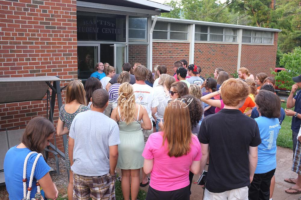 June/14/11:  Mt. Zion United Methodist Mission Trip 2011.  Cherokee, NC with TeamEffort.org