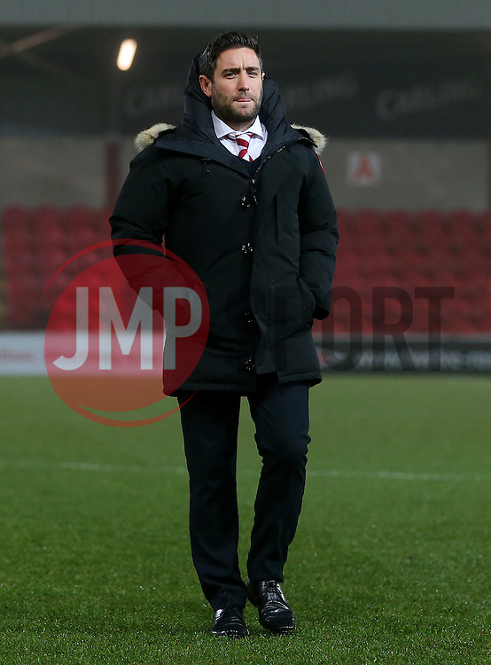 Bristol City head coach Lee Johnson checks out the pitch prior to kick off - Mandatory by-line: Matt McNulty/JMP - 17/01/2017 - FOOTBALL - Highbury Stadium - Fleetwood,  - Fleetwood Town v Bristol City - Emirates FA Cup Third Round Replay