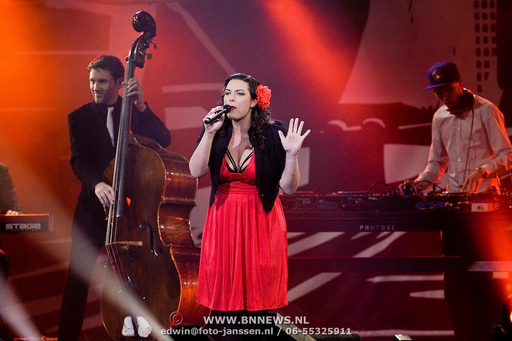 NLD/Amsterdam/20100415 - Uitreiking 3FM Awards 2010, Caro Emerald
