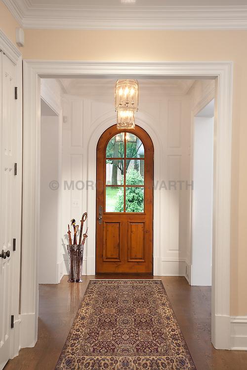 1925 Virginia Ave, JK development house Hallway foyer entrance archway