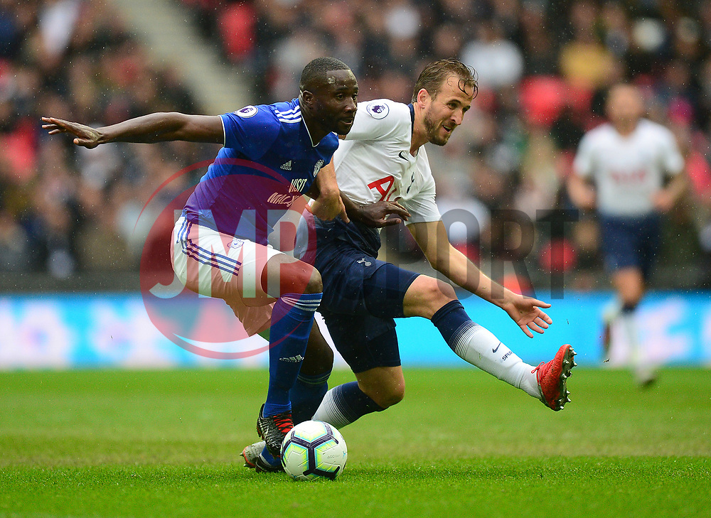 Harry Kane of Tottenham Hotspur battles for the ball with Souleymane Bamba of Cardiff City - Mandatory by-line: Alex James/JMP - 06/10/2018 - FOOTBALL - Wembley Stadium - London, England - Tottenham Hotspur v Cardiff City - Premier League