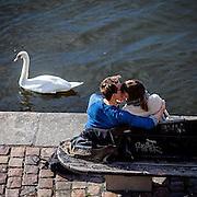 Prague. #prag #praha #prague #czechrepublic #vltava #moldau #river #czechrepublic #water #swan #kiss #kissing #street #public