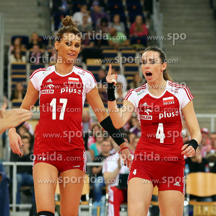 04.01.2014, Atlas Arena, Lotz, POL, FIVB, Damen WM Qualifikation, Polen vs Spanien, im Bild (L) KATARZYNA SKOWRONSKA DOLATA, (P) IZABELA BELCIK RADOSC // (L) KATARZYNA SKOWRONSKA DOLATA, (P) IZABELA BELCIK RADOSC during the ladies FIVB World Championship qualifying match between Poland and Spain at the Atlas Arena in Lotz, Poland on 2014/01/04. EXPA Pictures &copy; 2014, PhotoCredit: EXPA/ Newspix/ Jakub Piasecki<br /> <br /> *****ATTENTION - for AUT, SLO, CRO, SRB, BIH, MAZ, TUR, SUI, SWE only*****