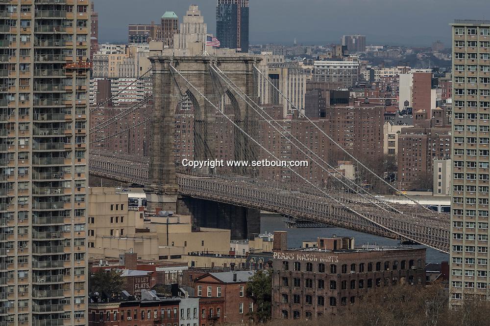 New York. elevated view on Brooklyn bridge  New York - United states /  le pont de Brooklyn  New York - Etats-unis