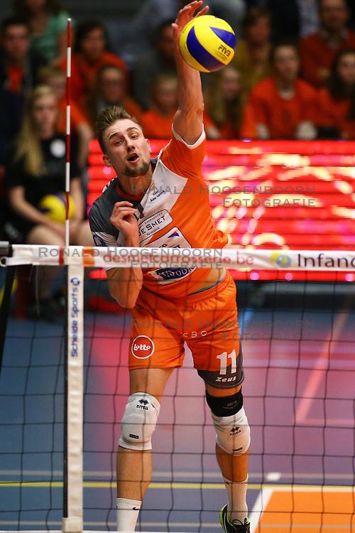 20160402 BEL: Volleybal: Volley Lindemans Asse Lennik - Noliko Maaseik, Zellik  <br />Robin Overbeeke