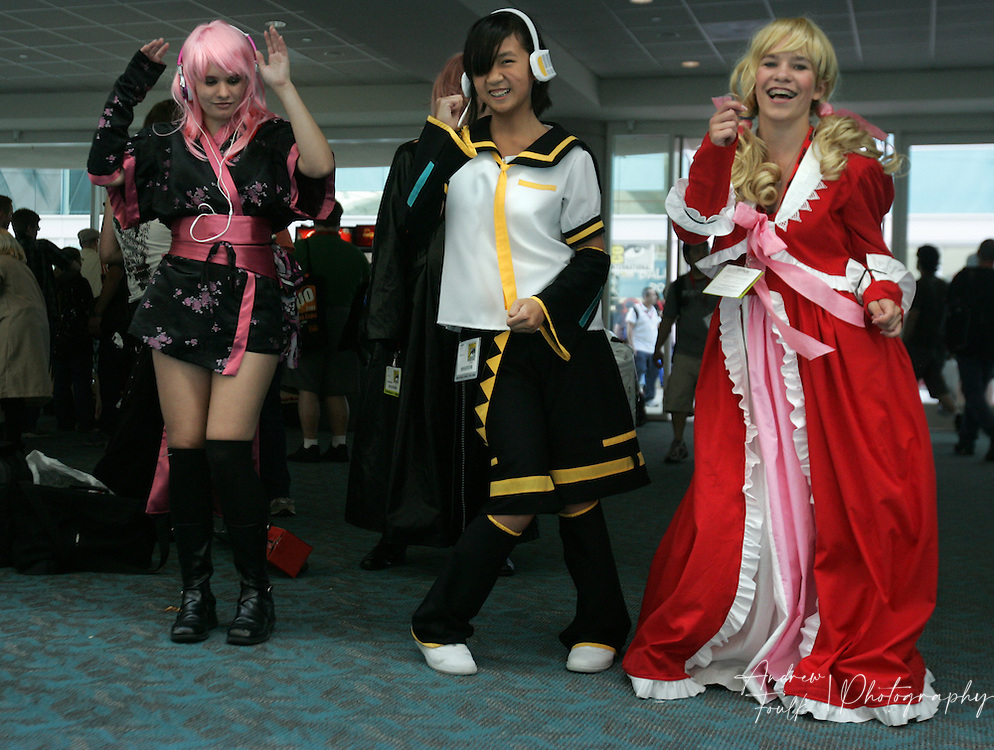 "Andrew Foulk/ Zuma Press.July 23, 2009, San Diego, California, USA. Comic Con.  A group of girls dressed up as ""Anime"" character, have an impromptu dance session , during day one of the 40th annual San Diego International Comic Con."