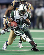 New York Jets running back Curtis Martin (28) rushed for 153 yards on 28 carries, in the Jets 32-29 overtime loss to the St. Louis Rams in St. Louis, Missouri, January 2, 2005.