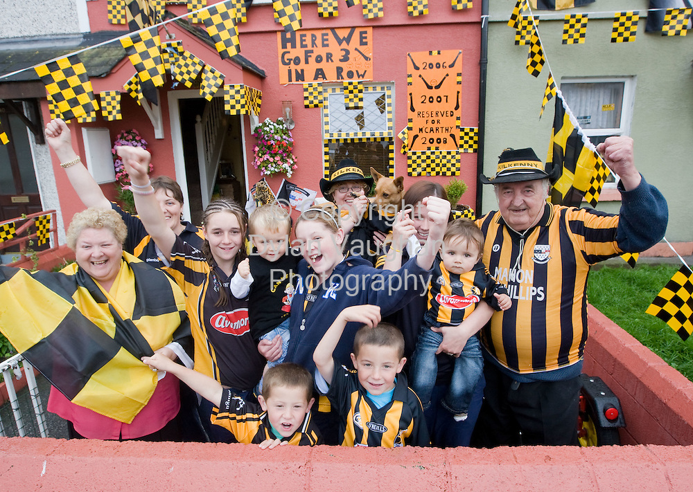 4/9/2008.Residents of Pearse street in Kilkenny pictured showing their support for the Kilkenny Team..Picture Dylan Vaughan
