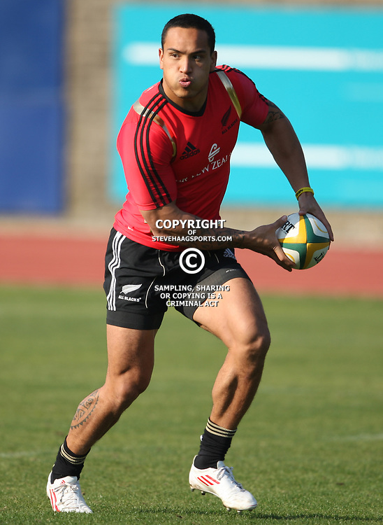 PORT ELIZABETH, SOUTH AFRICA - AUGUST 18, Hosea Gear during the New Zealand national rugby team training session at Xerox Arena on August 18, 2011 in Port Elizabeth, South Africa<br /> Photo by Steve Haag / Gallo Images
