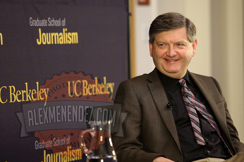 "Reporter James Risen speaks onstage with Lowell Bergman during the ""Prosecuting the Press"" event at the UC Berkeley Graduate School of Journalism in Berkeley, California, on Thursday, November 14, 2013. Risen, the New York Times national security reporter is facing jail for refusing to comply with a subpoena to reveal his sources in relation to his book titled State of War: The Secret History of the CIA and the Bush Administration. (AP Photo/Alex Menendez)"