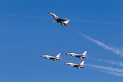 Thunderbirds perform Missing Man pull-up