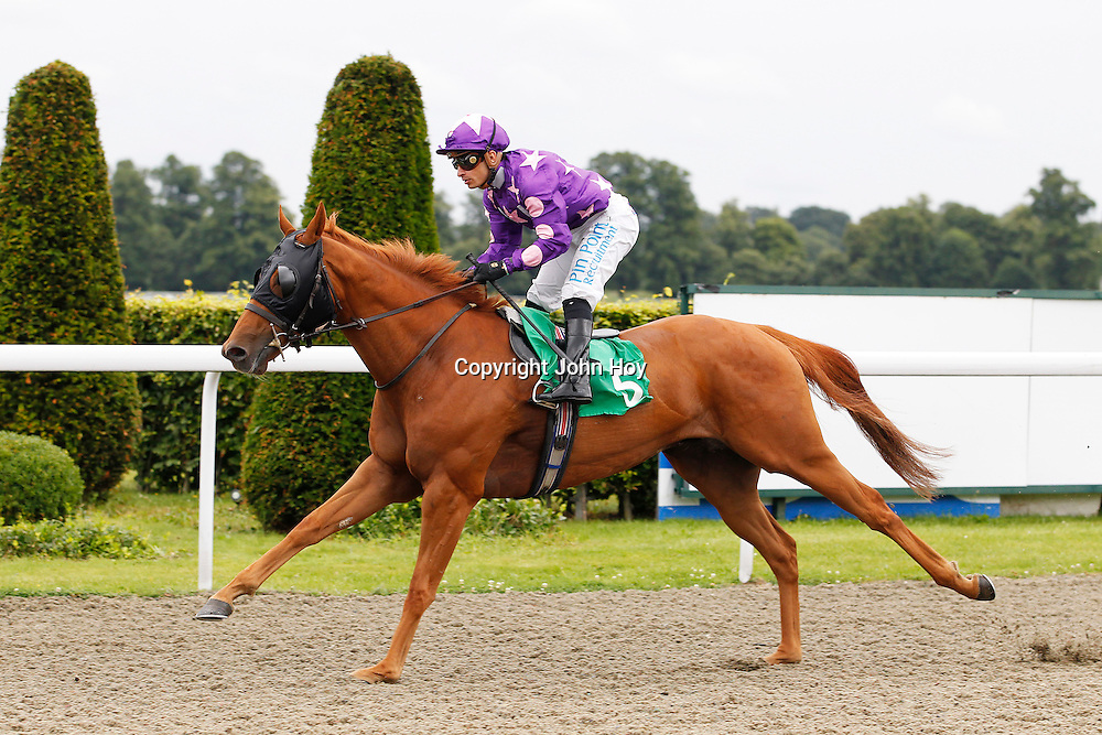 Prince Of Passion and S De Sousa winning the 4.30 race