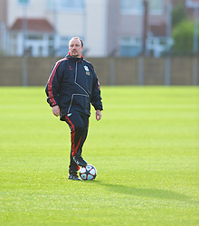 LIVERPOOL, ENGLAND - Tuesday, December 8, 2009: Liverpool's manager Rafael Benitez during a training session at Melwood ahead of the UEFA Champions League Group E match against AFC Fiorentina. (Pic by David Rawcliffe/Propaganda)