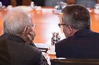 01 DEC 2015, BERLIN/GERMANY:<br /> Waolfgang Schaeuble (L), CDU, Bundesfinanzminister, und Thomas de Maiziere (R), CDU, Bundesinnenminister, im Gespraech, vor Beginn der Kabinettsitzung, Bundeskanzleramt<br /> IMAGE: 20151201-01-0<br /> KEYWORDS: Kabnett, Sitzung, Thomas de Maizière, Wolfgang Schäuble, Gespräch
