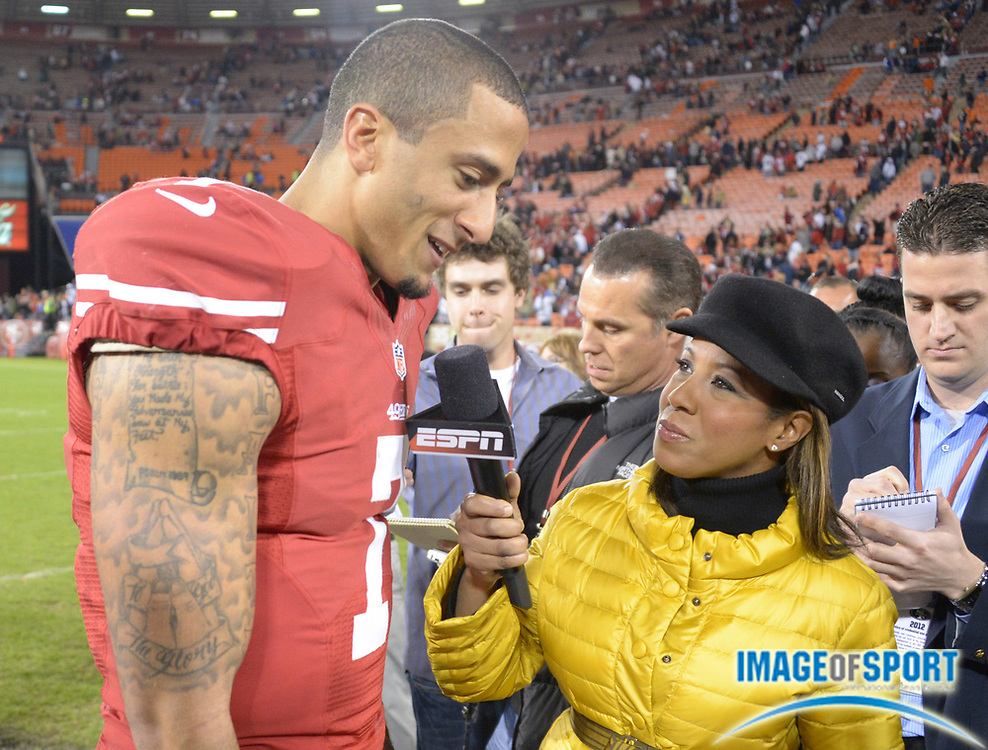 Nov 19, 2012; San Francisco, CA, USA; ESPN sideline reporter Lisa Salters interviews San Francisco 49ers quarterback Colin Kaepernick (7) after the game against the Chicago Bears at Candlestick Park. The 49ers defeated the Bears 32-7.