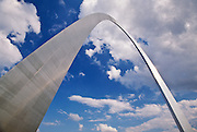 Low angle view of Gateway arch in Jefferson National Expansion Memorial Park, St. Louis, Missouri