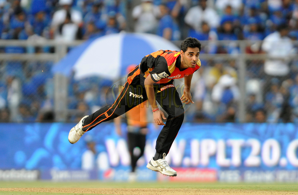 Bhuvneshwar Kumar of Sunrisers Hyderabad bowls during match 23 of the Pepsi IPL 2015 (Indian Premier League) between The Mumbai Indians and The Sunrisers Hyferabad held at the Wankhede Stadium in Mumbai India on the 25th April 2015.<br /> <br /> Photo by:  Pal Pillai / SPORTZPICS / IPL
