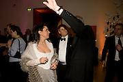 BARONESS Soujata DEVARIs; CRAIG WILSON; SANDY NAIRNE, National Portrait Gallery fundraising Gala in aid of its Education programme, National Portrait Gallery. London. 3 March 2009 *** Local Caption *** -DO NOT ARCHIVE-© Copyright Photograph by Dafydd Jones. 248 Clapham Rd. London SW9 0PZ. Tel 0207 820 0771. www.dafjones.com.<br /> BARONESS SONJATA DEVARIS; CRAIG WILSON; SANDY NAIRNE, National Portrait Gallery fundraising Gala in aid of its Education programme, National Portrait Gallery. London. 3 March 2009
