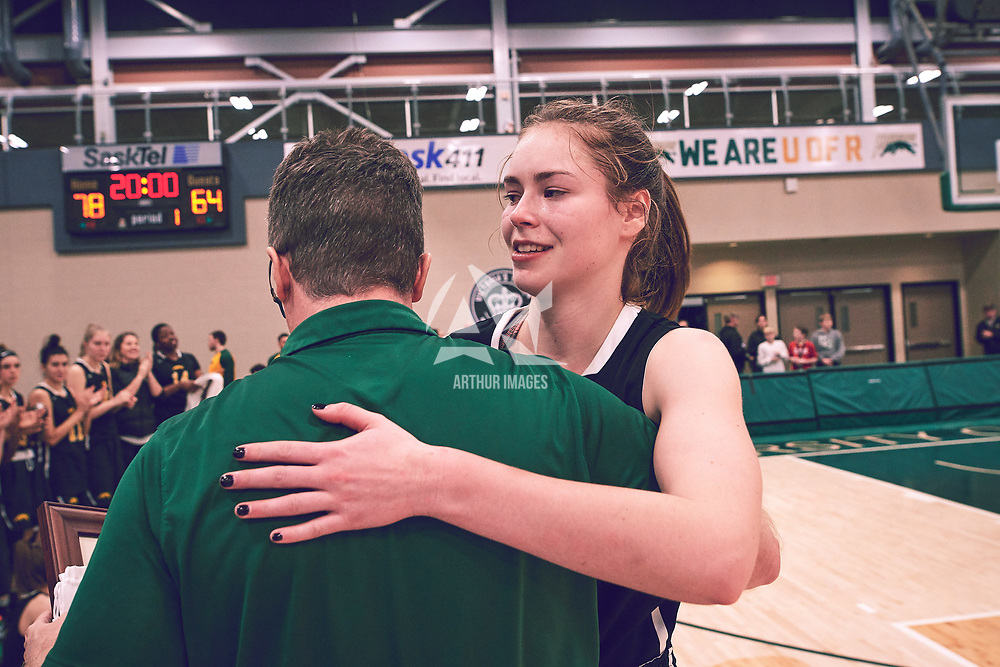 Christina McCusker (12) of the Regina Cougars during the Women's Basketball Home Game on Sat Feb 02 at Centre for Kinesiology,Health and Sport. Credit: Arthur Ward/Arthur Images