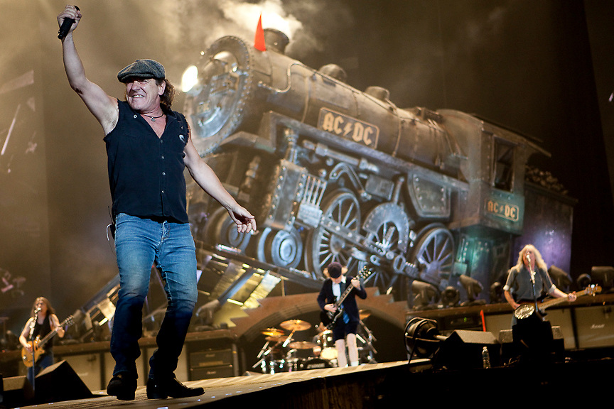 Montreal August 8, 2009 - Brian Johnson of rock megagroup AC/DC performs at Montreal's Olympic Stadium. (THE GAZETTE/Tim Snow)